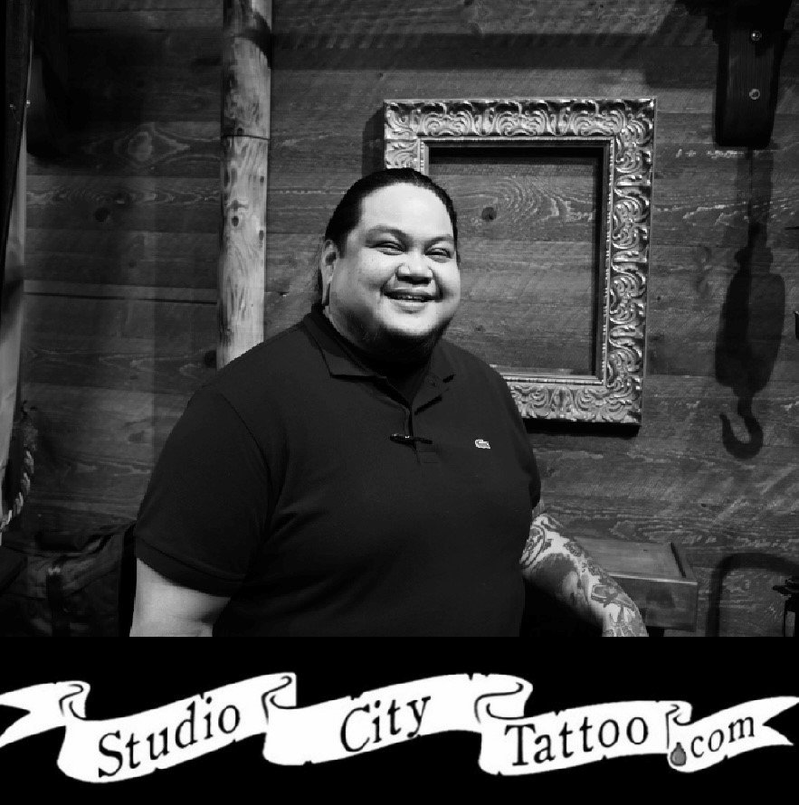 marv-santos-los-angeles-body-piercer